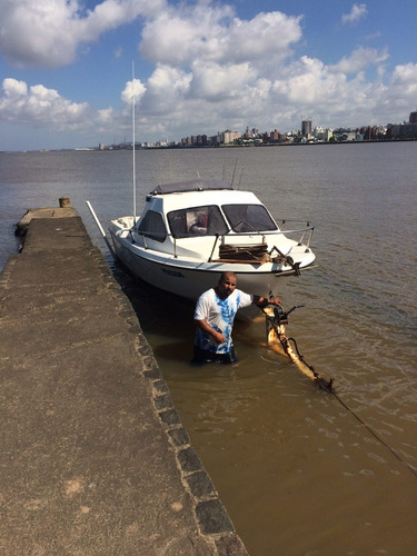 lancha de pesca deportiva