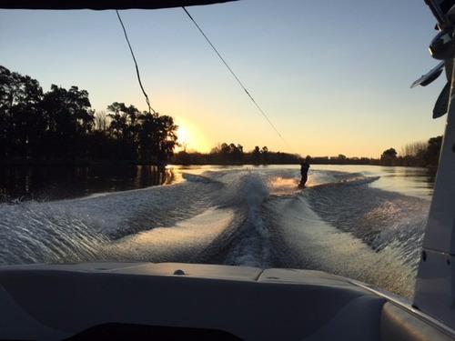 lancha de wakeboard malibu ride 21
