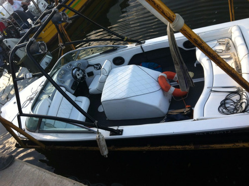 lancha de wakeboard stallion, modernizada y muy equipada