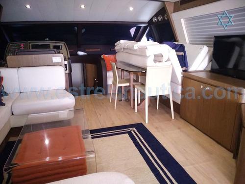 lancha ferretti 68 barco iate n phantom cimitarra catamara