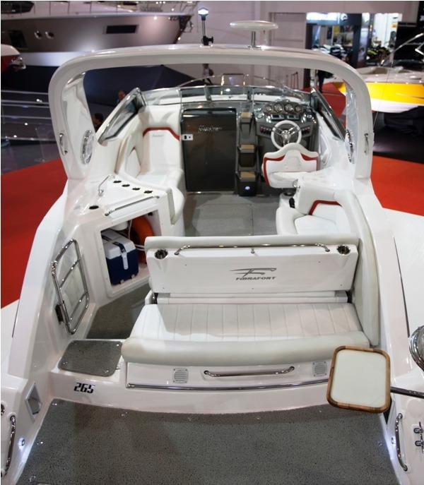 lancha fibrafort focker 265 + centro 220 hp mercury mpi 4.3