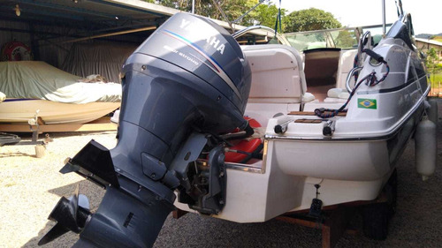 lancha focker 215 com motor yamaha 150 hp 4 tempos