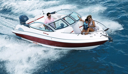 lancha focker 240 com motor mercury 150 hp optimax