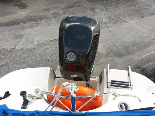 lancha focker velocity 17.5  com motor mercury 75 hp 2011