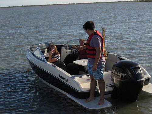 lancha open baader 175 ,motores mercury , nautica baader