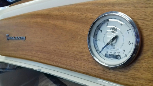 lancha pagletini gacelux evinrude  115 hp ,  2 tiempos 55 hs