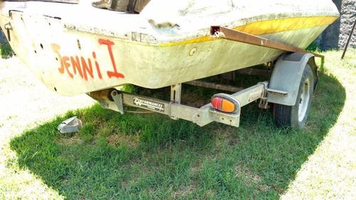 lancha para reparar y carro de arrastre americano