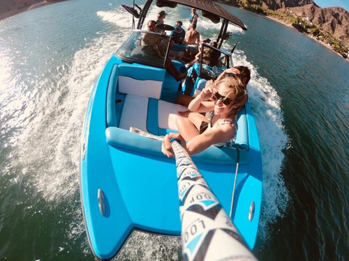 lancha para wakeboard y wakesurf skywake xl 22