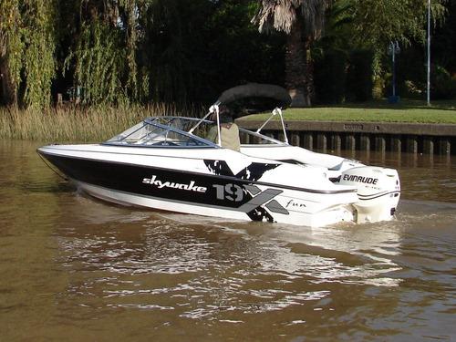 lancha skywake x19 completa  casco listo completo sin motor
