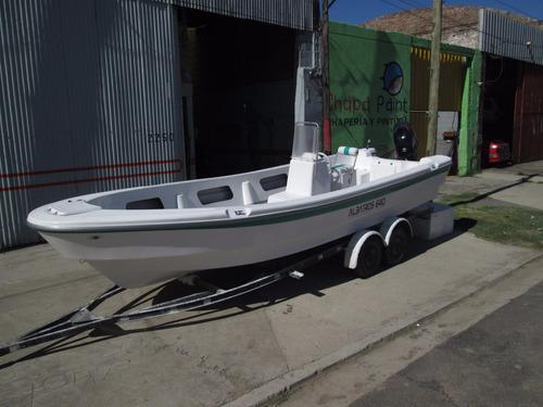 lancha tracker albatros 640 standart c/mercury 40 elo  2018