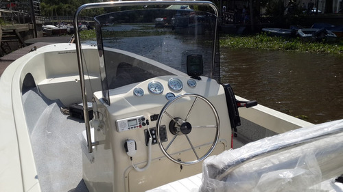 lancha tracker trakker 625 pescador + mercury 40 hp 2t 3cil