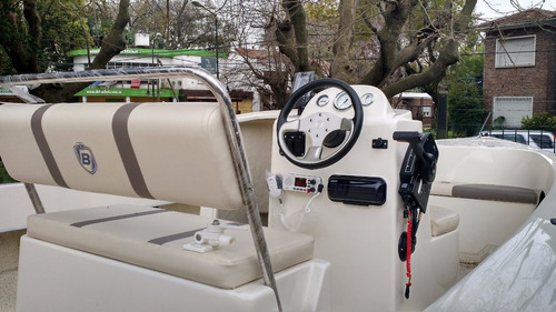 lancha traker nuevo modelo bermuda safari 2018