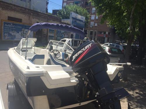 lancha trakker 5,20 open con mercury 60 hp con 20 hs de uso