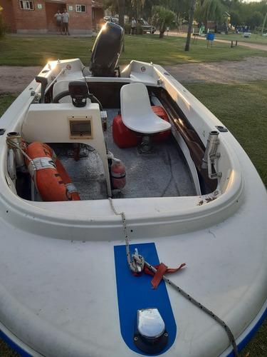 lancha usada con motor suzuki 40 hp