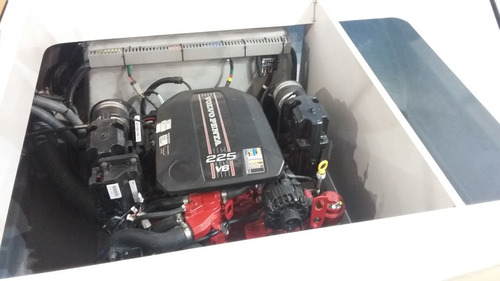 lancha ventura v250 vintage mercruiser 4.5 250 hp gas - 0km