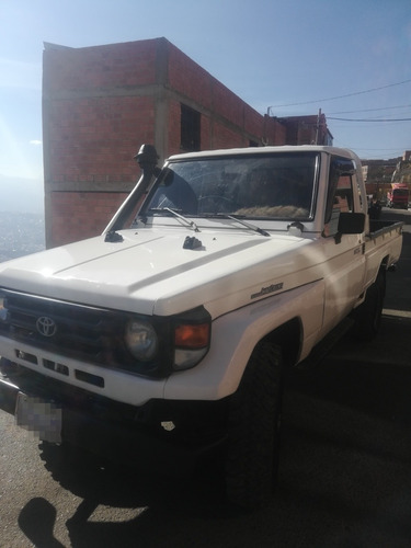 land cruiser  97 toyota