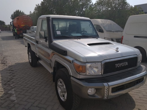 land cruiser toyota