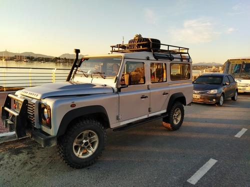land rover defender 2.4 sw 110 7s 2011