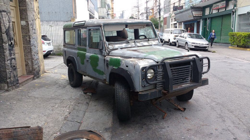 land rover defender sucata