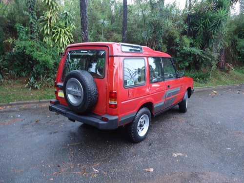 land rover discovery standard