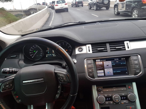 land rover evoque 2.0 si4 pure tech pack 5p