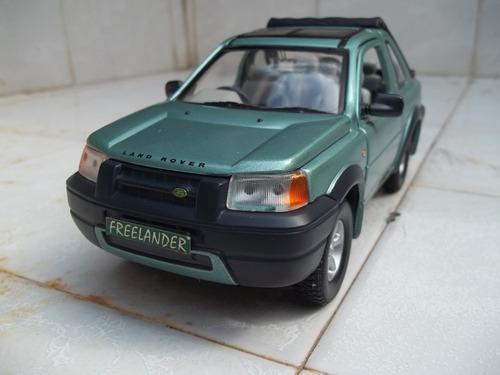 land rover freelander 1998 escala 1/24 road signature