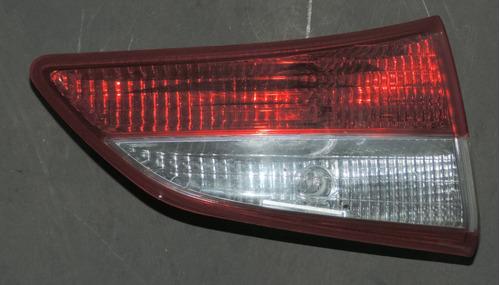 lanterna da tampa hb20 ano 2014 lado esquerdo loja 01