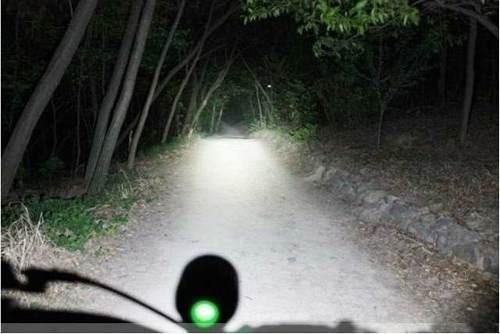 lanterna farol bike led t6 + pac 6 de baterias autonomia 11