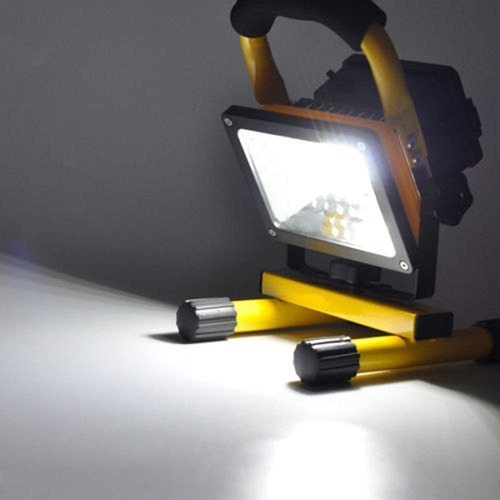lanterna holofote led smd 30w recarregavel e muito potente