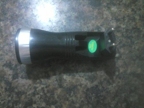 lanterna led super econômica  recarregável  dispensa pilhas