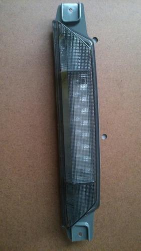 lanterna luz freio break light montana 11/13 gm 94756105