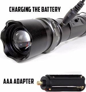 lanterna tática led cree q5 police swat 990.000w  2 baterias