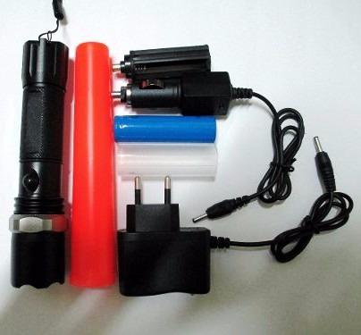lanterna tática profissional recarregável cree led police