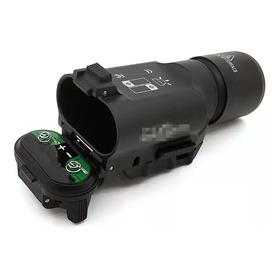 Lanterna Tática X300 Para Pistolas E Rifles