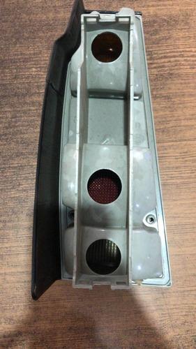 lanterna tras fumê parati 87/95 saveiro 85/97 acrílico ld