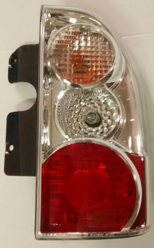 lanterna tras lado direito gm tracker/suzuki vitara 93802687
