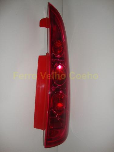 lanterna traseira direita effa ruiyi pickup 2010