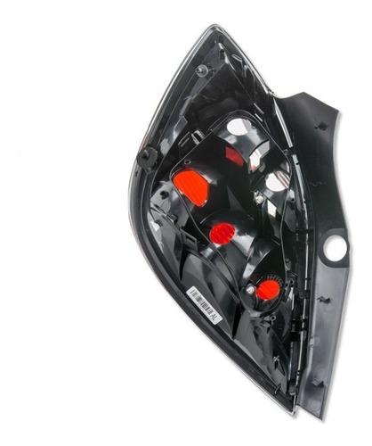 lanterna traseira lado direito vectra novo hatch