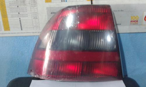 lanterna traseira vectra 2000 le