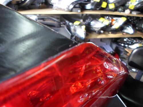 lanterna volkswagen fusca 2014 com detalhe na lente