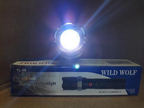 lanterna wild wolf