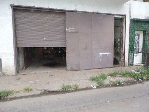 lanus este, casa p.h. de 4 amb. garage 2 autos