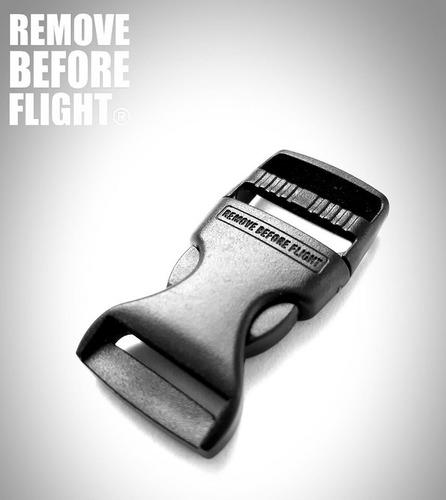 lanyard pilot 3 barras & porta id piel remove before flight®