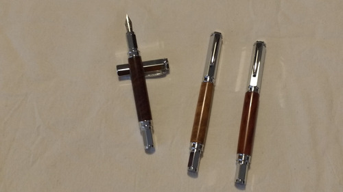 lapiceras hechas a mano en maderas naturales- plumas