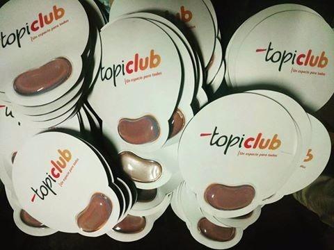 lapiceros caramelos mouse pad abanicos bolsas