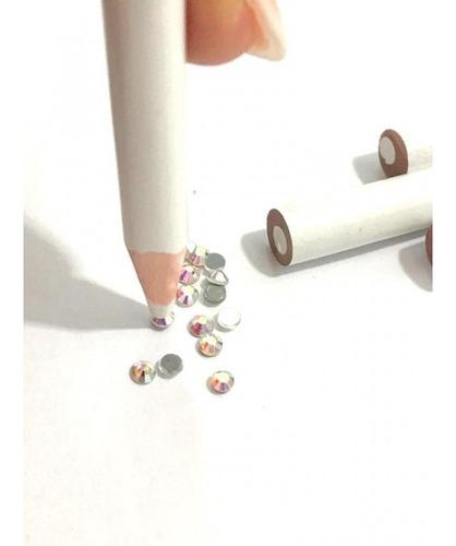 lapiz magico de cera levanta strass y decorado uñas nail art