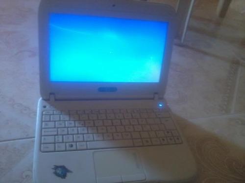 laptop azul c*a***na**i**m
