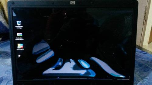laptop hp 530 pantalla partida (leer descripción)