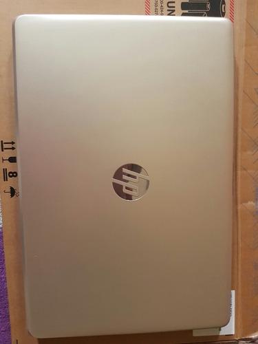 laptop hp de 12gb de ram y 1tb color gold
