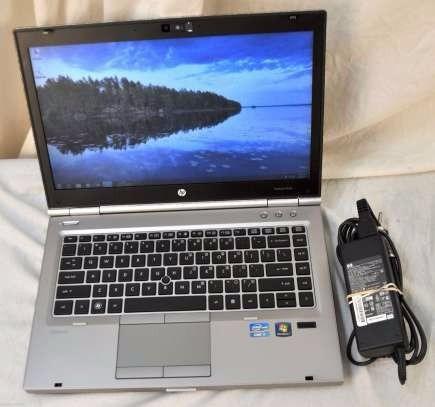 laptop hp elitebook 8460p core i5 windows 7 cambio